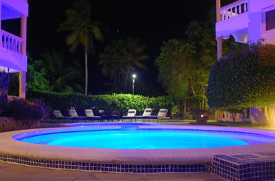 Bahia Residence - pool area at night